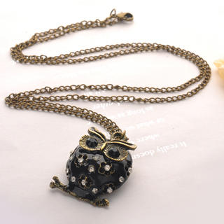 Fit-to-Kill - Oil Dripping Owl Necklace