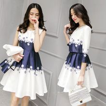 Lavogo - Set: 3/4-Sleeve Print Jacket + Sleeveless Pleated Dress